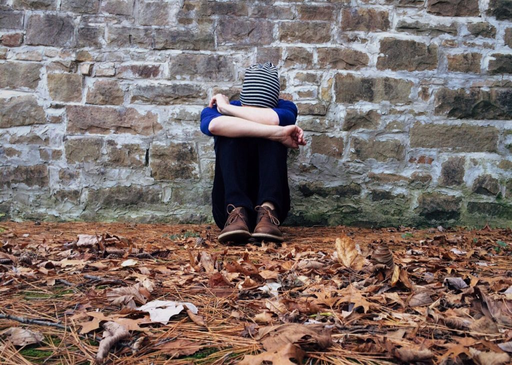 things churches can do to help with mental illness-min